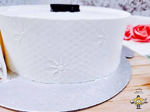 聖瑪莉衛生紙蛋糕 (4).jpg