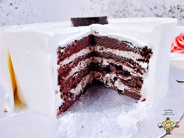 聖瑪莉衛生紙蛋糕 (9).jpg