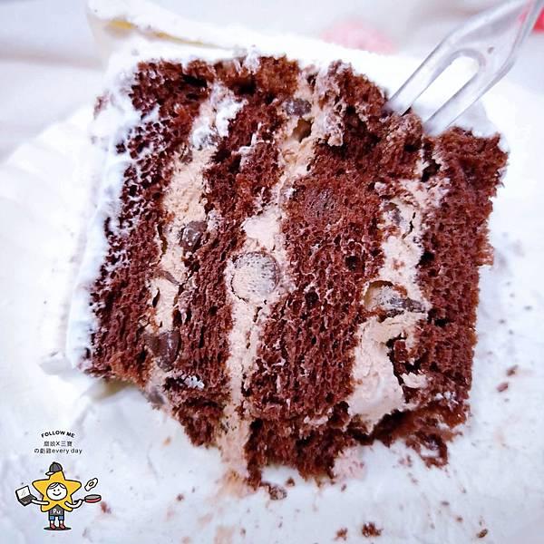 聖瑪莉衛生紙蛋糕 (11).jpg