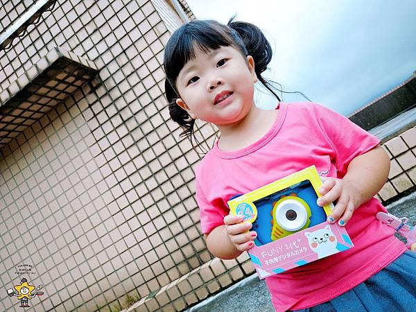 FUNYKids二代童趣數位相機靜態版 (4).jpg