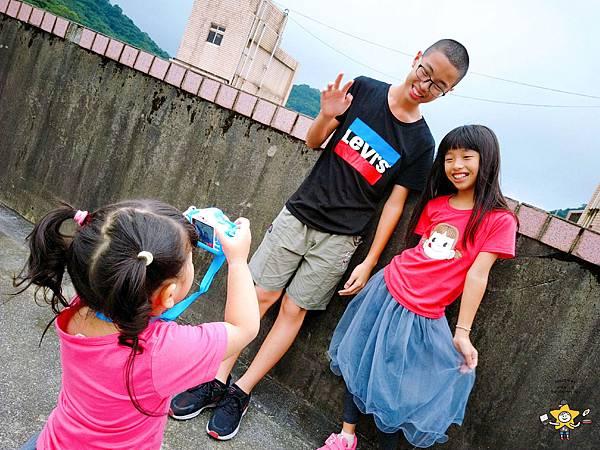 FUNYKids二代童趣數位相機靜態版 (2).jpg