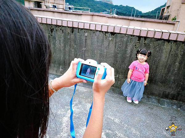 FUNYKids二代童趣數位相機靜態版 (14).jpg