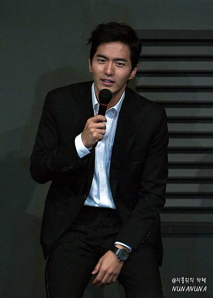 이진욱-3 19集團體觀賞照片20130513