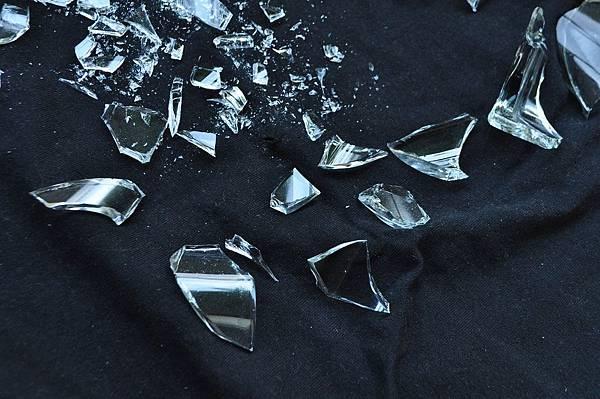 glass-1818068_1280