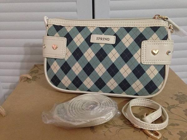 全新,spring側背小包,有附長背帶及收納袋,350元含運
