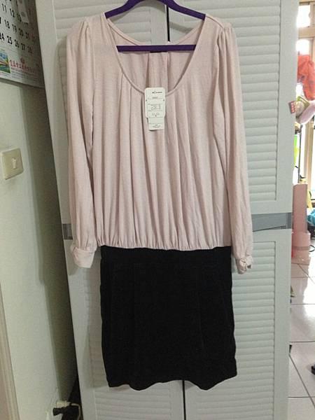 全新日貨,棉上衣絨布裙(有內裡)洋裝,300元