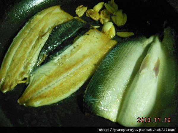 蒜香虱目魚3.JPG