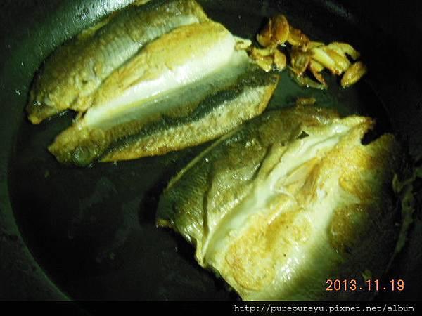 蒜香虱目魚4.JPG