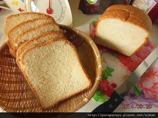 鮮奶土司麵包.11.JPG