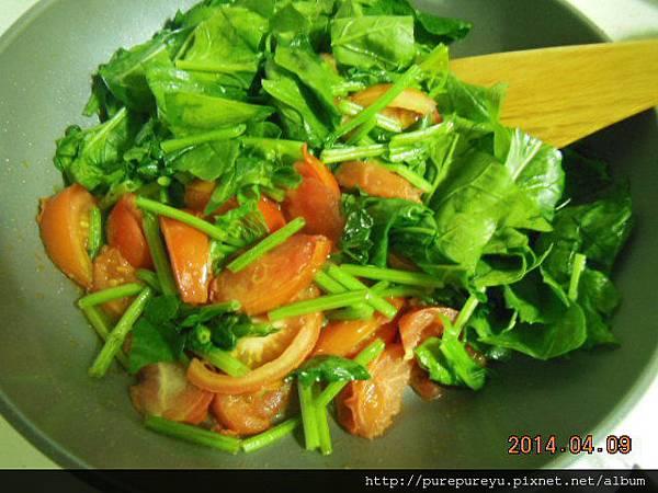 菠菜蕃茄炒蛋.5.JPG