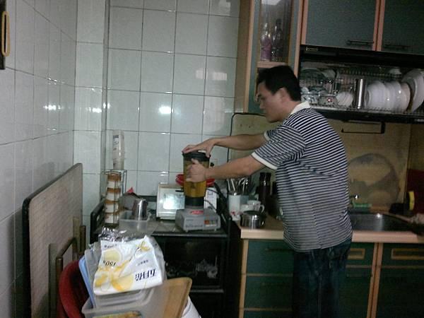 201209043953.jpg
