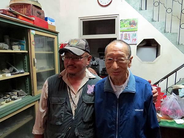 IMG_7596民國103年10月19日,劉還月老師辦理人文旅行活動來到甲仙,特地帶領學員拜訪老秘書