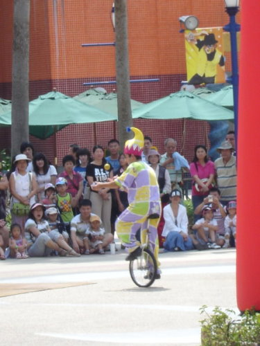 今天沒騎   很高  很高   很高的單輪車