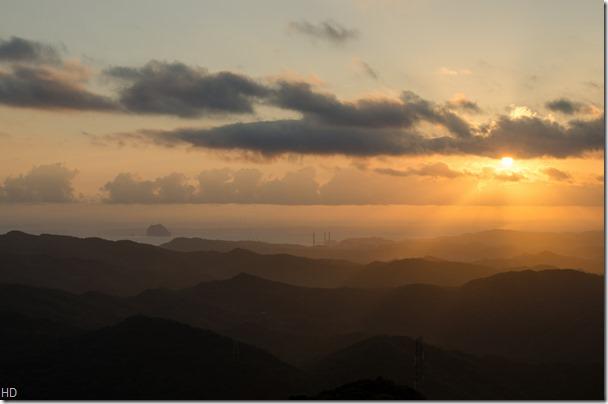 所以應該要夏天來,太陽才會在基隆嶼附近升起,希望有天能夠拍到基隆嶼裝著太陽