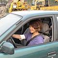 慶賀羅小姐 完成Nissan 中山道路駕駛
