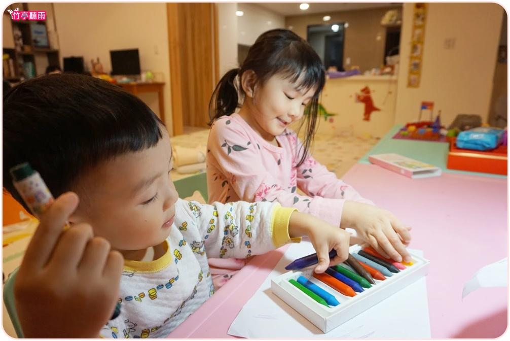 大豆無毒蠟筆不容易掉屑的特性對於潔癖老公來說非常重要