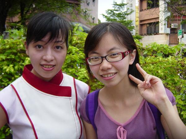 算比較有海外的面容,不過她是台灣人喔