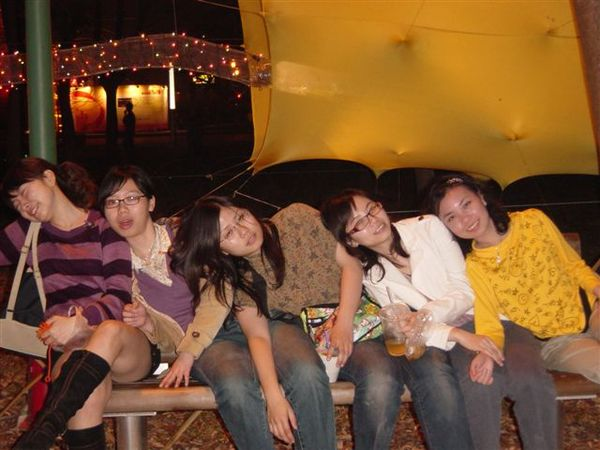 大家都累癱了
