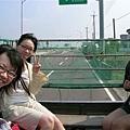 從小0家坐小貨車網布袋港出發,目標:澎湖~~~YA