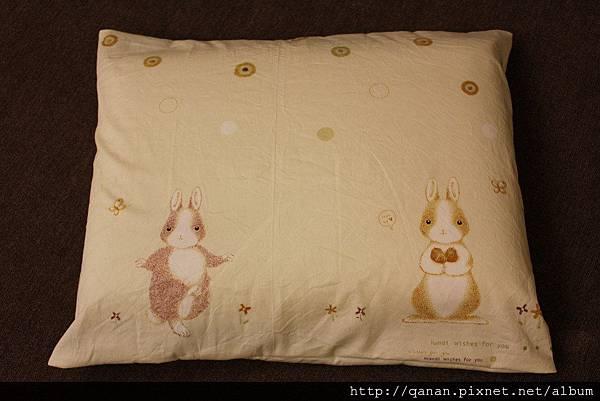 蝴蝶上學枕套手作~小兔伴兩旁