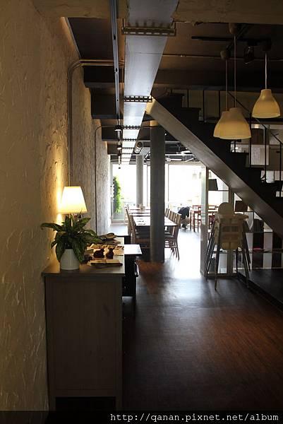 台中[森林旁邊]餐廳