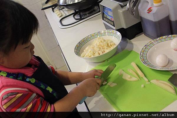 做菜~鮪魚三明治 馬鈴薯沙拉