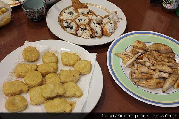 豆皮壽司/烤香菇