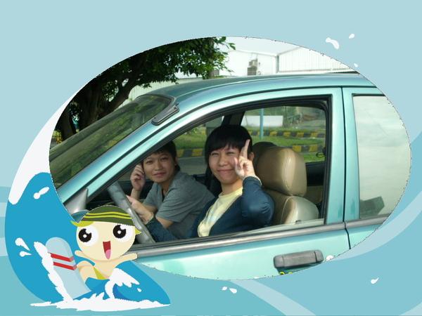 台中駕訓班-雅如學開車.JPG