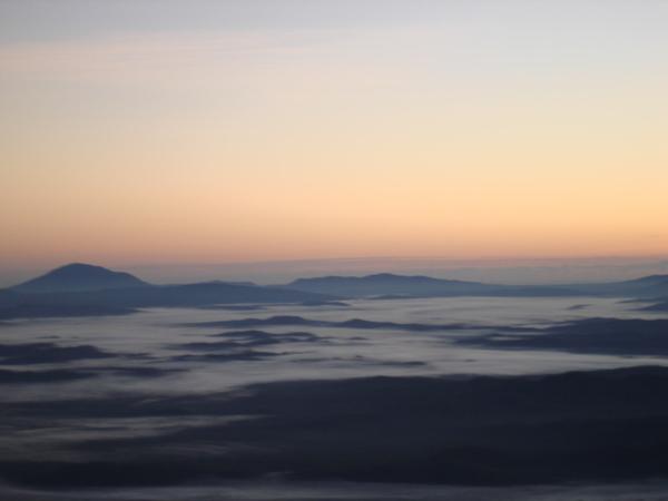 像是雲海嗎?