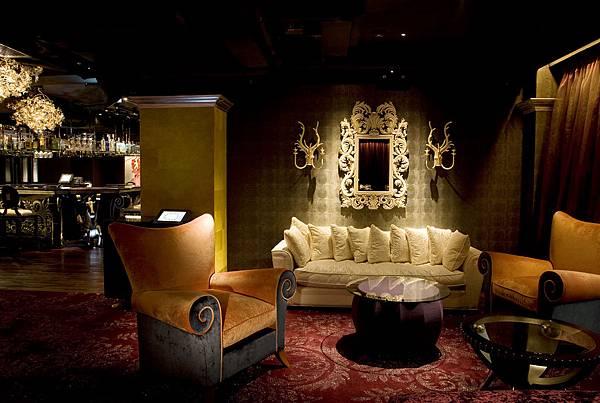 lounge_area.jpg