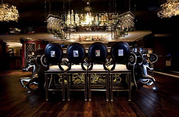 bar_table.jpg