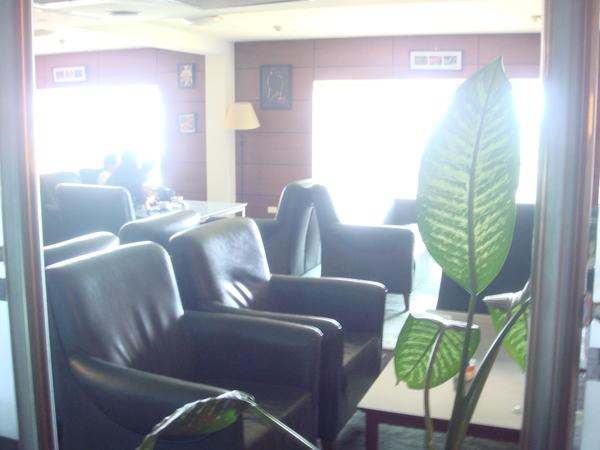 小咖啡廳裡的座位