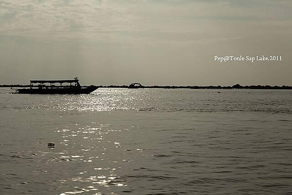 Tonle Sap Lake_3.jpg