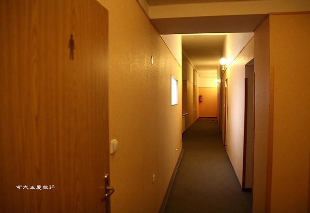 Travellers' hostel_4.jpg
