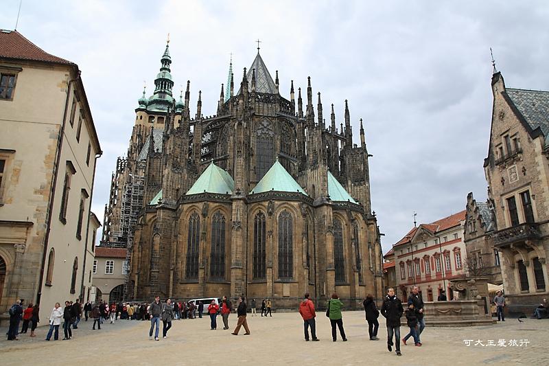 Praha_90.jpg