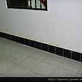 一樓後磚造隔間牆.jpg
