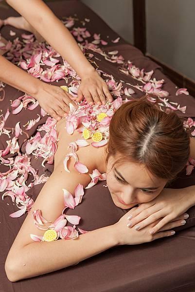 divana nurture spa #8.jpg