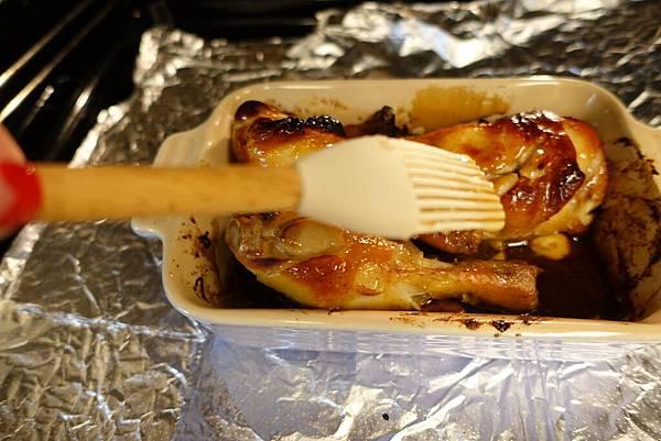 蜜汁烤雞腿1.jpg