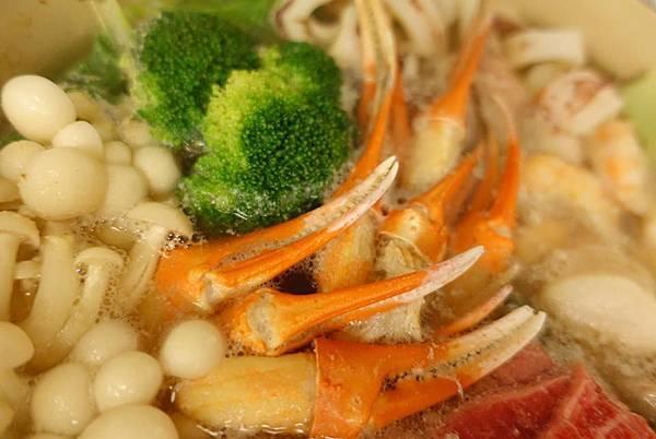蟹肉館 火鍋肉片 小卷 干貝3.jpg