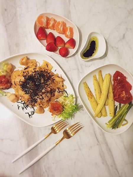 dinner-明.jpg