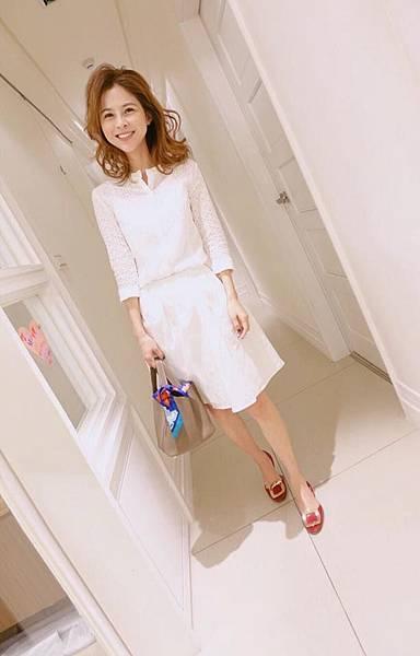 白襯衫+白裙.jpg