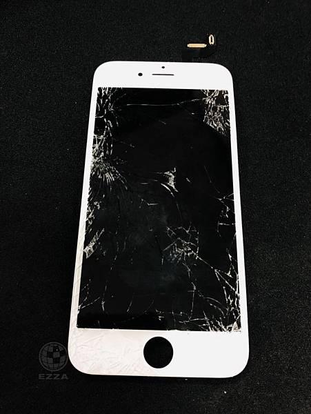 IPHONE6S遭車輾斃