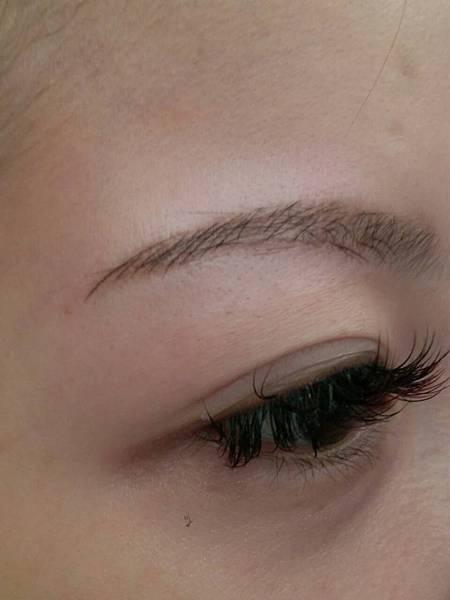 種睫毛,光療美甲,水晶指甲,新竹紋繡,紋繡,漂潤紅唇,紋眉,新式紋眼線