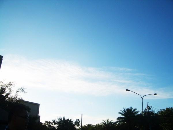 好漂亮的藍天