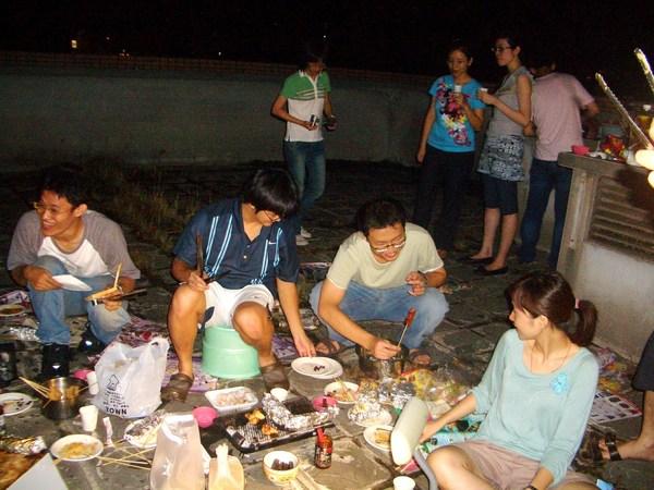 20080907頂樓烤肉 (8).JPG