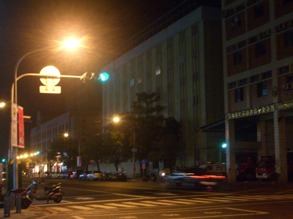 20081201高醫附近夜景 (11).JPG