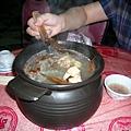 第一天晚餐~香椿雞湯
