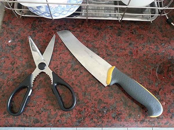 調理剪刀,好用的刀具(切雞肉用)