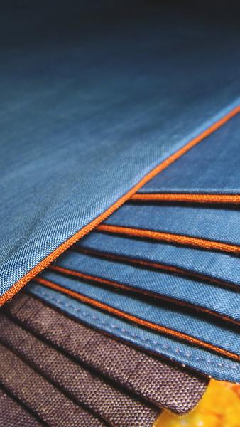 藍+橘 & 紫+金 兩款