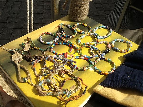 繭裹子的琉璃珠珠